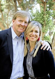 22 December: King Willem-Alexander and Queen Máxima of the Netherlands received the press today in Bariloche, Argentina, where they undertook their traditional photosession with their family.