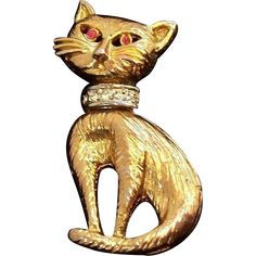 Goldtone Metal Siamese Cat Pin w  Clear Rhinestone Collar & Red Eyes