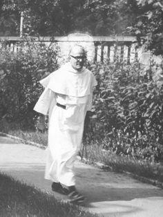 Życie braci w klasztorze poznańskim // Ojciec Joachim Badeni, 1960.
