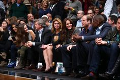 Pin for Later: It's Kate Middleton and Beyoncé — British Royalty Meets Music Royalty!