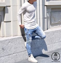 Mens Fashion Guide — via Instagram http://ift.tt/25KtlCM