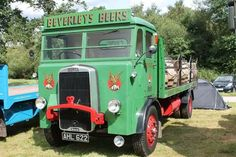 Leyland Beverleys Beers Vintage Trucks, Old Trucks, Classic Trucks, Classic Cars, Commercial Vehicle, Brewery, Transportation, Automobile, Buses