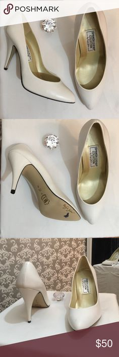 Sergio Zelcer Spanish leather white pumps Like new Spanish leather collection made in Spain heel 3.5 inches in length gold lining inside Sergio Zelcer Shoes Heels