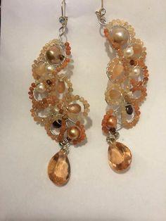 Foglie  Orecchini con sunstone e perle di Lucedistrega su Etsy