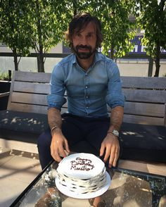 Thanks for your birthday wishes. Man Fashion, Fashion Ideas, Andrea Pirlo, Casual Styles, Men Street, Dressing Room, Birthday Wishes, Menswear, Hairstyle