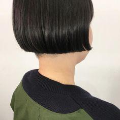 襟足はいらない!!!! との事で刈りました💈 ・ ・ ・ ミニボブ👶 ・ ・ #ヘアスタイル #ミニボブ#刈り上げ#襟足はいらない #ボブヘア#ヘアカット#ワカメちゃん#アニメ#大阪#梅田#美容師#haircut#mini#bobhaircut#shortbob#minimum#hairstyle#cute#Anime#simple#osaka#umeda#hairdresser#eminobeoka