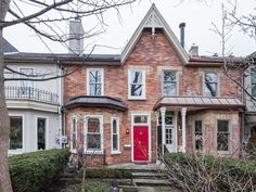 The $2.8-million Yorkville home that shows how staging can make a difference