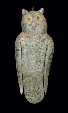 Folk Art Carved Owl Decoy, American, first half 20th century