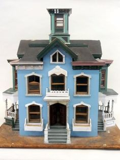 Found on EstateSales.NET: Dollhouse and miniatures sale