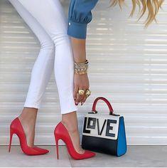 0892210738  love ❤  upcloseandstylish ❤ via  platinum  lifestyle  ❤ Zapatos