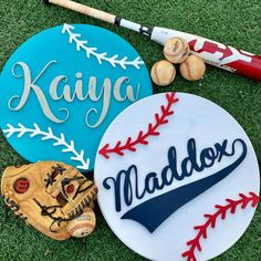 Excited to share this item from my etsy shop: Baseball/ softball custom round scroll saw sign with name 316026098855642133 Scroll Saw Patterns Free, Scroll Pattern, Cross Patterns, Pattern Art, Free Pattern, Embroidery Patterns, Hand Embroidery, Wood Carving Patterns, Wood Patterns