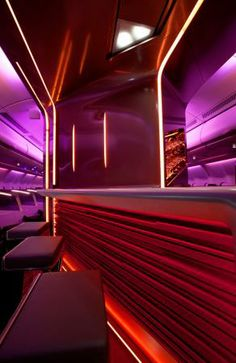 Clever use of lighting means that while seats 8A and particularly 9A are virtually in the bar area, the occupants still feel part of the Upper Class cabin