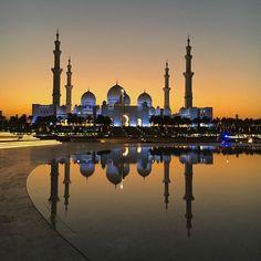 Sheikh Zayed Grand Mosque Abu Dhabi - orestegaspari.com #abudhabiimages #AbuDhabi #UAE #emirate #amazingabudhabi #we_abudhabi #simplyabudhabi #inabudhabi #sheikhzayed #sheikhzayedmosque #discoverabudhabi #myabudhabi #bestintravel #dayaddict #beautifuldestinations #instawestend61