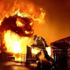 Fighting the beast 💪👨🚒⠀ 🔥⠀ 🔥⠀ 🔥⠀ 🔥⠀ ⠀ Firefighter Paramedic, Wildland Firefighter, Volunteer Firefighter, Firefighters, Firemen, Fire Dept, Fire Department, Firefighter Photography, Truck Tattoo