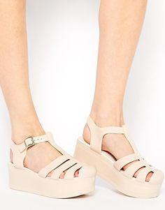 Aumentar Zapatos de goma con plataforma plana HAPPY de ASOS