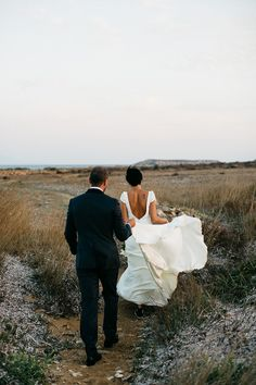 Effortless Destination Wedding in Greece.