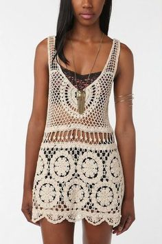 Urban Outfitters Staring at Stars Crochet Top - M Urban Outfitters Staring at Stars Crocheted Top - Size M. Great top, very airy and light fabric. Worn only once or twice. Perfect boho crochet tunic/dress for Coachella Urban Outfitters Tops Mode Crochet, Crochet Tunic, Irish Crochet, Crochet Clothes, Crochet Lace, Bikinis Crochet, Crochet Woman, Irish Lace, Pulls