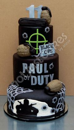Who doesn't love cake? This creative concoction engages the fan at an even more personal level than the last. This cake incorporates the receiver of the cake with the title of the game. Doing this could make a fan feel even more immersed in the game as they make a person connection between themselves and the Call Of Duty series. A very cleaver play on words! So Punny!