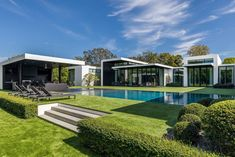 See Inside Alex Rodriguez s Modern Miami Mansion- Living Pool, Outdoor Living Areas, Indoor Outdoor Living, Swimming Pool Landscaping, Swimming Pools, Landscaping Ideas, Modern Miami, Swimming Pool Pictures, Casa Loft