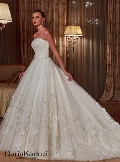 Vestidos de novias para cada estilo Es tu oportunidad de ser el centro de atención, por eso queremos acompañarte en el proceso de selección entre cientos de vestidos de novias Bogotá hasta encontrar el mejor para ti y tu estilo.