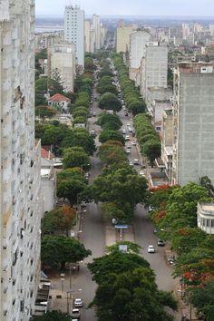 Ex-Av. 24 de Julho, perto da Pastelaria Princesa, no Maputo