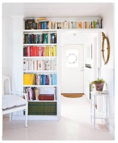 Built in bookcases (via apartment therapy)