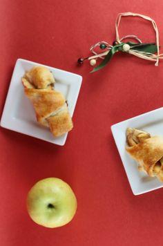 These are delicious!   Apple Pie Crescent Bites  #recipe