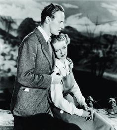 Leslie Howard and Bette Davis in The Petrified Forest 1936 Old Hollywood Hair, Old Hollywood Wedding, Hollywood Music, Old Hollywood Movies, Hollywood Heroines, Old Hollywood Stars, Vintage Hollywood, Classic Hollywood, Humphrey Bogart
