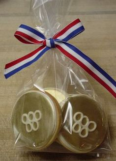 gold Olympic medal cookies