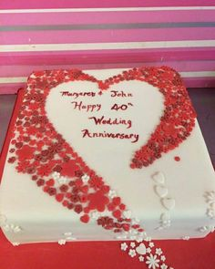 See 2 photos from 6 visitors to Cupcake Couture. Cupcake Couture, Engagement Cakes, Anniversary, Happy, Wedding, Casamento, Ser Feliz, Weddings, Happiness