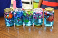 Pet Jellyfish-super easy and fun way to make Pet Jellyfish. Could hang or incorporate into Ocean Themed Bulletin Board. Great to reinforce color recognition, counting (tentacles), comparing length of tentacles, fine motor control and development, and following directions. Great start to an ocean unit.