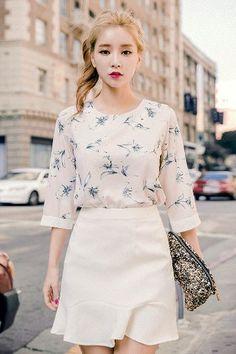 Floral Scent Blouse | Korean Fashion