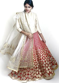 WeddingSutra Editors' Blog » Blog Archive » Rahul Mishra's Jaama Collection showcases lightweight lehengas for brides
