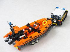 The first RHIBs (Rigid-Hulled Inflatable Boats) were developed for the RNLI and many are still in use. Lego Coast Guard, Lego Zombies, Lego Boat, Lego Fire, Lego Truck, Amazing Lego Creations, Lego Ship, Lego Construction, Lego Design