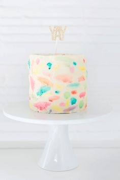 This watercolor cake is easy and a super cool birthday cake idea for tweens and teens | Sugar and Cloth