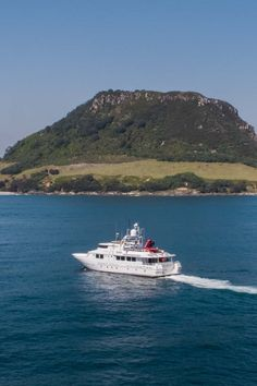 Pacific7 own & operate a fleet of workboats to cover small and large jobs at sea ranging from a small 4.2 metre workboat right up to a Luxury Super Yacht #luxuryyacht #workboat #yacht #pacifc7 South Pacific, Pacific Ocean, Super Yachts, Luxury Yachts, New Zealand, Coastal, Boat, Australia, Cover