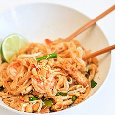 Pad Thai Noodles – With Step-by-Step Pictures