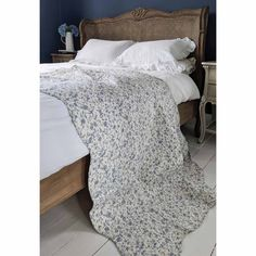 Bon Vivant Blue Bedspread A Blue Ditsy Floral Cotton Quilted Bedspread with Blue Stripe Reverse Luxury Bedspreads, Luxury Bedding, Blue Bedspread, King Comforter Sets, Bedding Sets, Quilted Bedspreads, Blue Quilts, French Furniture, Linen Bedding