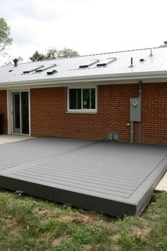low profile Trex deck via House Tweaking