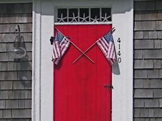 "happy 4th!  I've been looking for something for the front door, I usually make it, but haven't found any ""ideas"" yet that I like.  Love this."