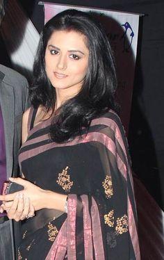 Riddhi Dogra Bra Size, Age, Weight, Height, Measurements - http://www.celebritysizes.com/riddhi-dogra-bra-size-age-weight-height-measurements/