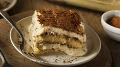 Do you love tiramisu but have never been able to master it? This simple recipe makes it so easy, you won't be able to stuff it up! Good Food, Yummy Food, Just Cakes, Dessert Recipes, Desserts, Culinary Arts, Tasty Dishes, No Bake Cake, Sweet Recipes