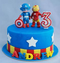 Marvel hero cake!! This time is ironman and captain america.