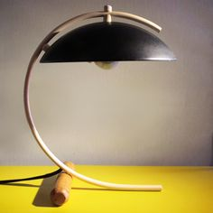 great matching curves on this modern table lamp Lamp Design, Lighting Design, Desk Lamp, Table Lamp, Bauhaus Design, Led Light Fixtures, Ceramic Light, Light My Fire, Co Working