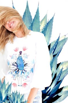 Etrala London CACTUS collection Made in London from 100% #natural #fabrics #White oversized cropped #sweatshirt with #fashion #illustration from Etrala's #CACTUS collection.  #ethical #sustainable #eco #fashion #clothing #brand #online #shop #quality #handmade #madeinLondon #unique #women #clothing