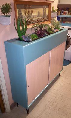 hepcatrestorations.com Vintage Planter Cabinet Planter Table, Vintage Planters, Ceramic Table, Mid Century House, Outdoor Furniture, Outdoor Decor, Interior Decorating, Art Deco, Flooring