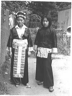 Hmong teens, early 70s in Laos from collection of Anne Morin