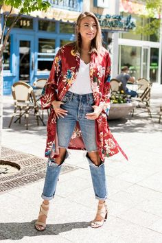 Out and About Floral Kimono in Red Fall Fashion Outfits, Chic Outfits, Spring Outfits, Boho Fashion, Womens Fashion, Floral Kimono Outfit, Floral Kimono Fashion, Cardigan Outfits, Plus Size Womens Clothing
