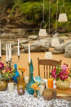 Indie beach wedding inspiration ⎟Catch Studio⎟see more on: http://burnettsboards.com/2015/09/indie-luxe-boho-beach-wedding/