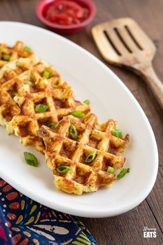 Lefover Mash Potato Waffles (from www.slimmingeats.com) - delicious leftover mashed potato waffles flavoured with a blend of herbs and spices and great for breakfast with eggs or topped with cheese as a side to soup. #slimmingworld #weightwatchers #glutenfree #potato #waffles Easy Slimming World Recipes, Slimming Eats, Leftover Baked Potatoes, Mashed Potatoes, Slimming World Mashed Potato, Slimming World Waffles, Other Recipes, Sweet Recipes, Mashed Potato Patties